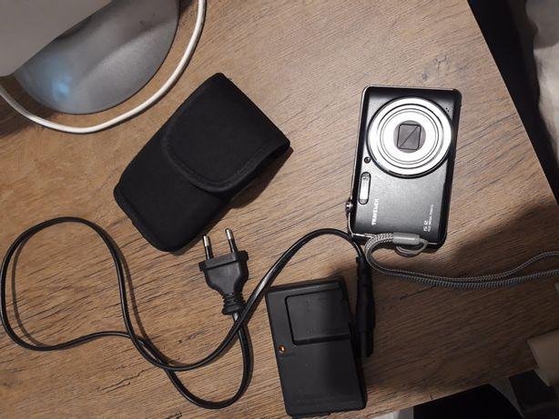 Camera foto digitală traveler IS 12