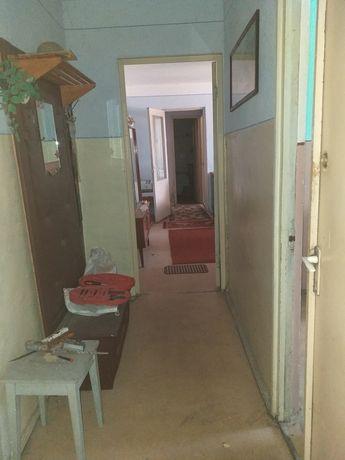 Vand apartament 2 camere Rosori de vede