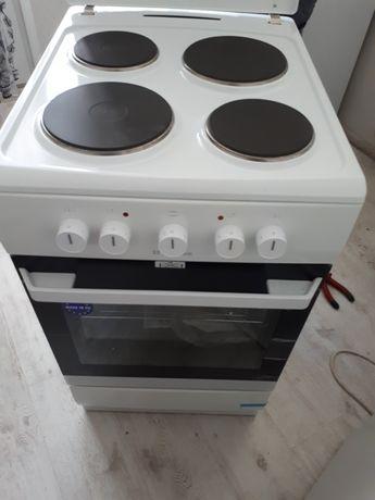 Электрическая плита  Ханза германия  размер  50×60×85