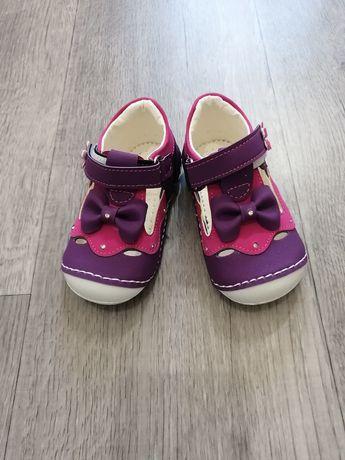 Детская обувь, сандали, макасины, красовки