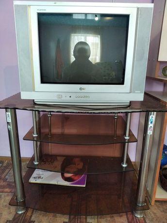 Телевизор LG состояние хорошая