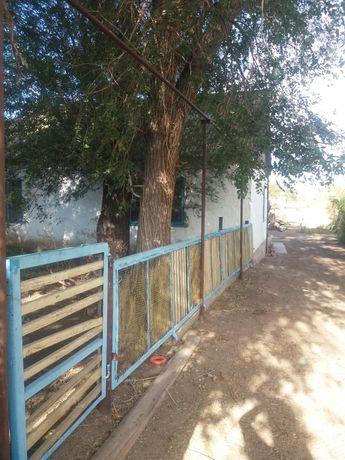 Продам дом в Хромтаусском районе поселке Тассай. 90 км от города.