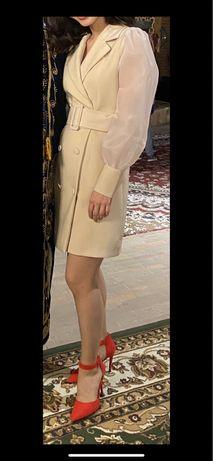 Женска одежда, платье