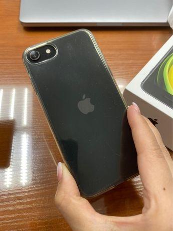 Продам в отличном состоянии Iphone SE