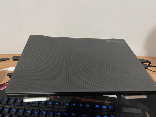 Vând laptop gaming ASUS ROG Zephyrus G14