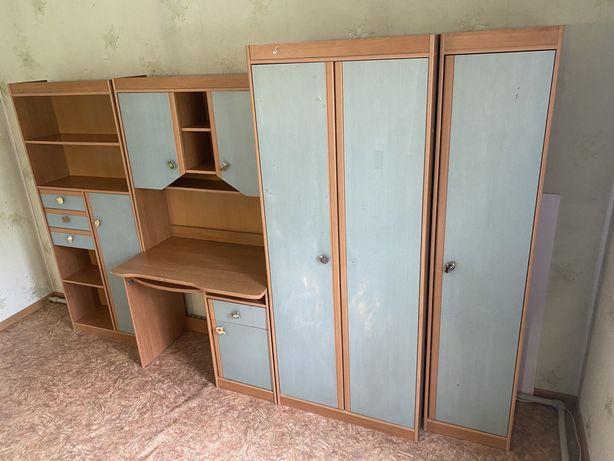 Мебель шкаф, горка, сервант