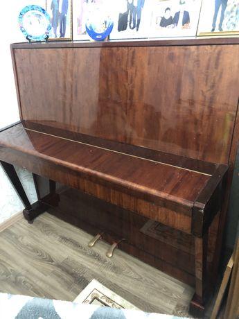 Пианино Беларусь в отличном состоянии