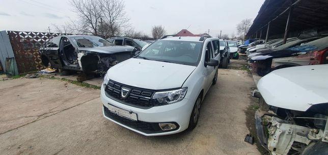 Dezmembrari/Piese Dacia Logan 999 sce 2020 cu 10 mii km.