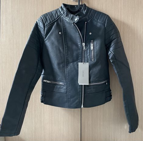 Zara куртка новая