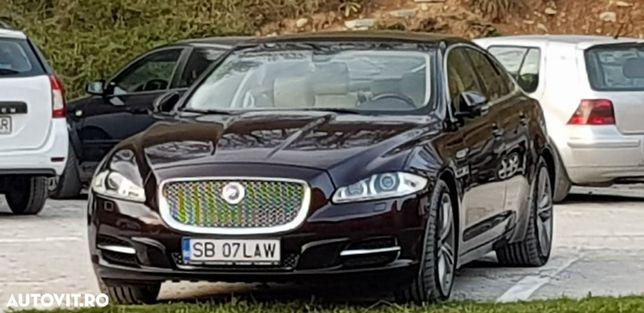 Jaguar XJ Bine intretinuta, impecabila pe sosea.