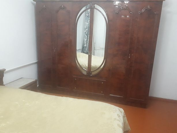 Продам мебель спальный гарнитур