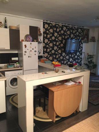 Apartament vînd schimb cu casă sinicoara desmir