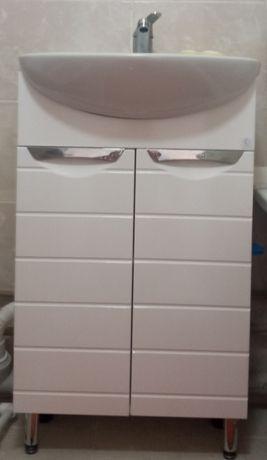 Шкаф в ванную комнату. Ширина 50