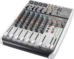 Reparatii instrumente muzicale electronice