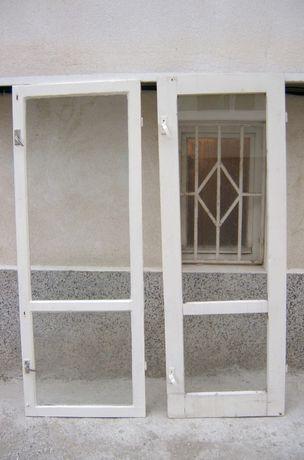Дървена врата - остъклена