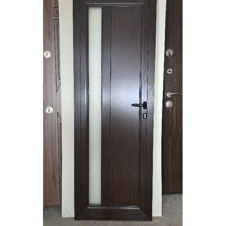 Алуминиева врата, врата за баня венге
