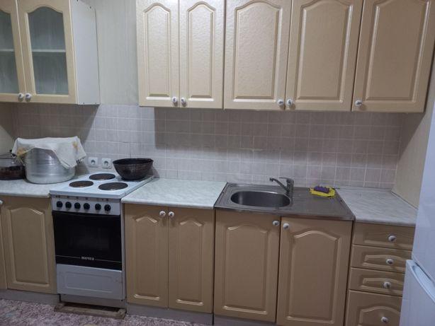Кухонный гарнитур продам