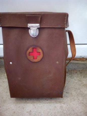 Стара докторска чанта
