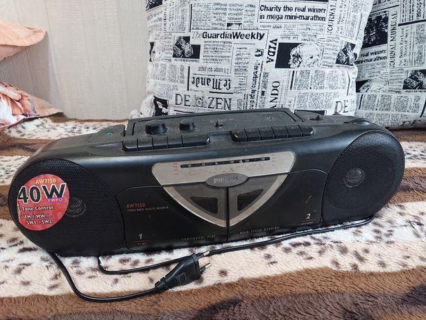 Радио магнитофон Philips