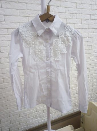 Школьная форма для девочки. Рубашка