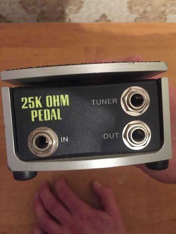 Продам педаль громкости ERNIE BALL VPJR 25K OHM PEDAL
