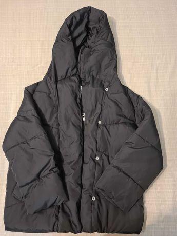 Черная куртка Bershka  в отличном состоянии