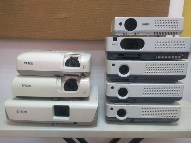 Проекторы Epson Sanyo (все требует замены лампы!)