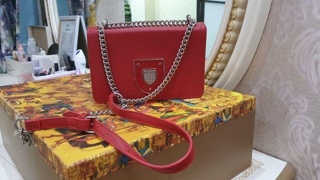 Женские сумки, клатч, сумка шоппер, рюкзак.