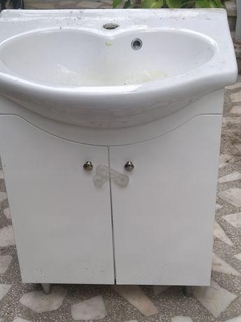 Chiuveta baie cu dulăpior