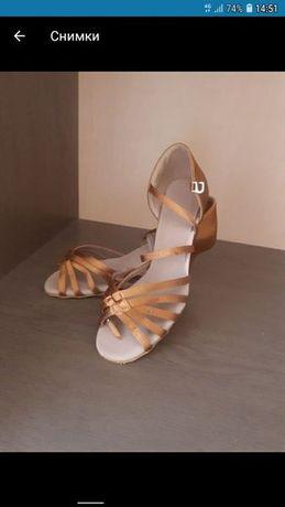 Нови обувки за латино танци(танго,салса,бачата)