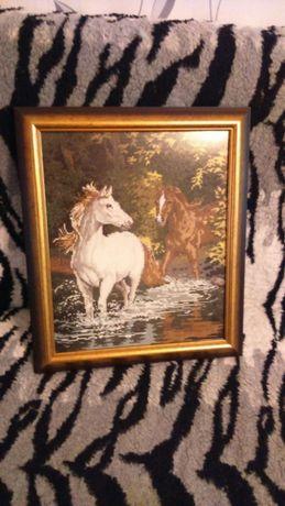 Гоблен коне край реката намалям на777 лв