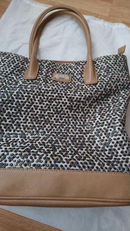 Кафява чанта на  Geox