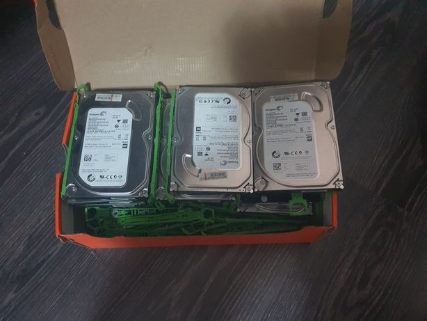 Vand hard-disc pentru pc 250 gb