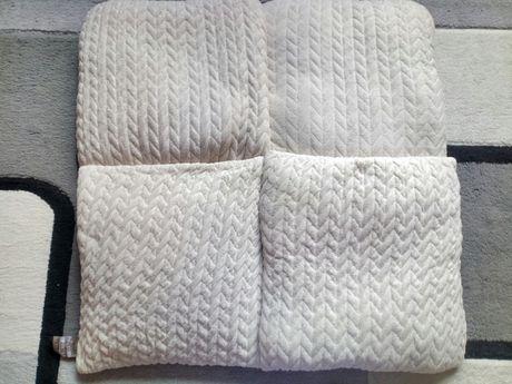Декоративные подушки (за все 1500)