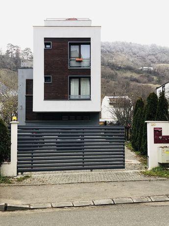 Inchiriez Apartament de lux in vila Grigorescu