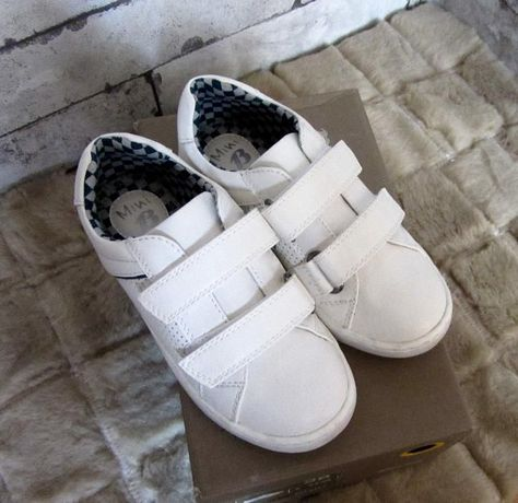 Кожени обувки-Bata