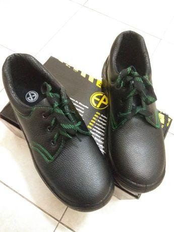 ЛОТ Обувки от естествена телешка кожа/Пантофи