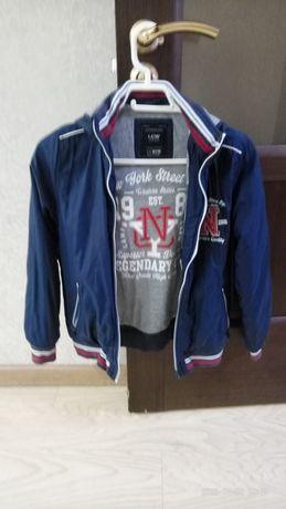 Куртка на мальчика 10-11 лет