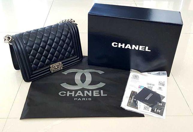 Vand geanta Chanel, D & G cu acte!