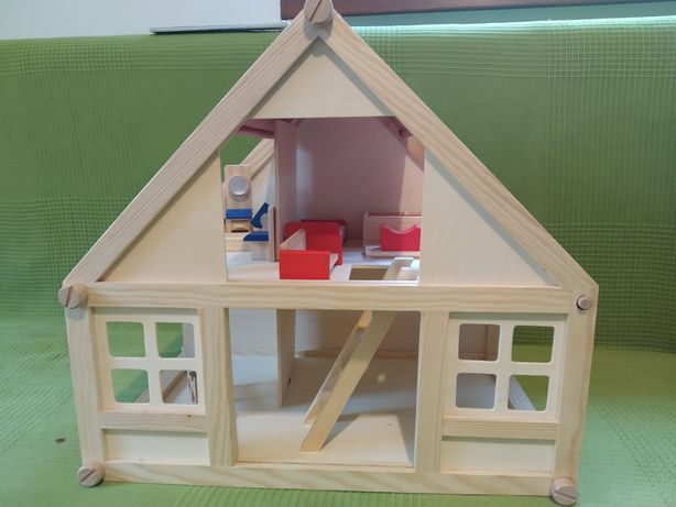 Căsuța de asamblat pentru copii