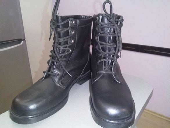 Обувки за лов и риболов от естествена кожа, подметката е шита и лепена