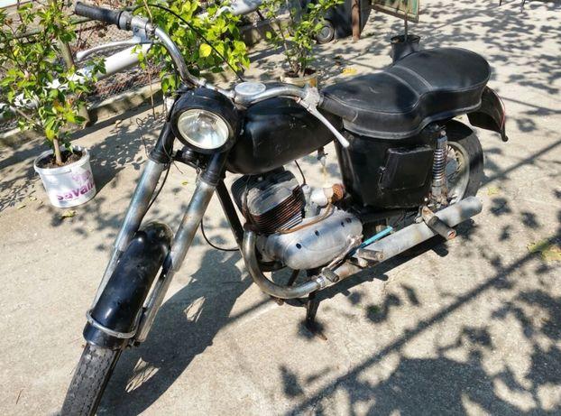 Motocicletă CZ 125