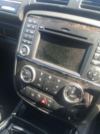 Navigatie pentru Mercedes R-Class.