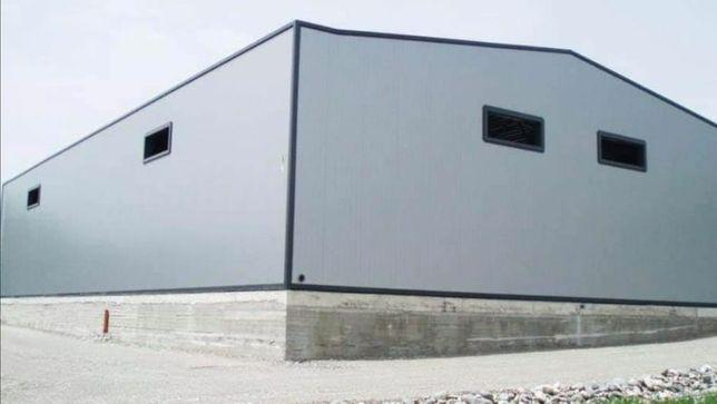 Vand hala metalica 14,5X60 metri cu panouri sandwichi la cheie