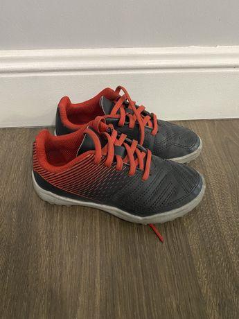 Детская обувь на футбол сороконожка 26 размер