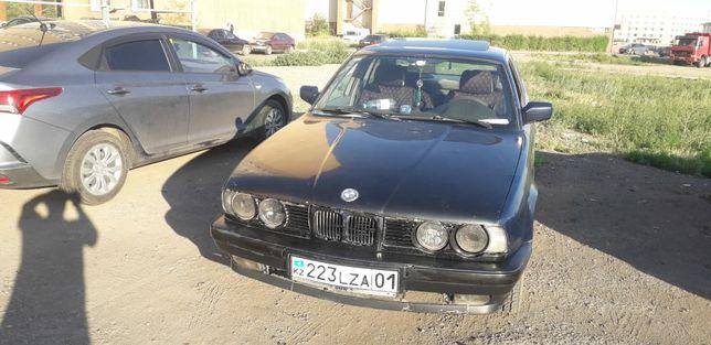 BMW 520 M5 2.5 на ходу