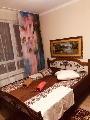 Посуточная 1-комнатная квартира на Левом берегу по ул.Туран