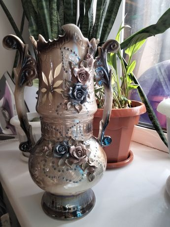 Продам вазу. 2000тг.