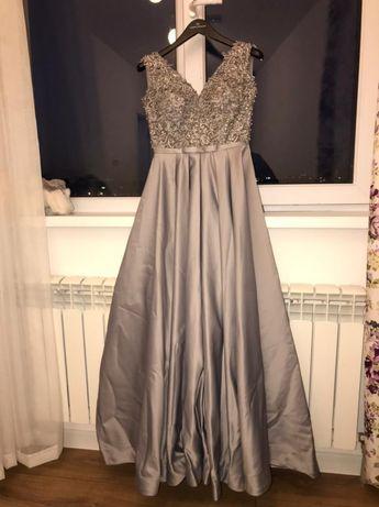 Прекрасное вечернее платье серо-лавандового цвета
