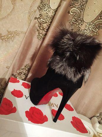 Женская обувь           .